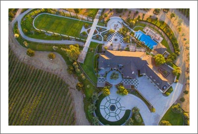 Napa Valley Style Estate Home - Bakersfield Luxury Home w/ Vineyard and Guest House & Pool