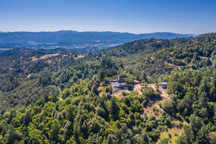 Mendocino County Wine Country Home – Porta Del Cielo