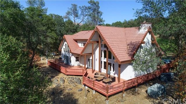 100 Vines with 3300 SF Home and 1300 SF Guest Home on a Private Lake with Pool & Spa in the Sierra Foothills!
