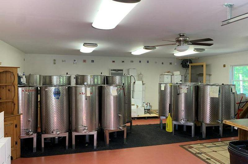 New York Winery & Vineyard For Sale – Restaurant & Event Venue
