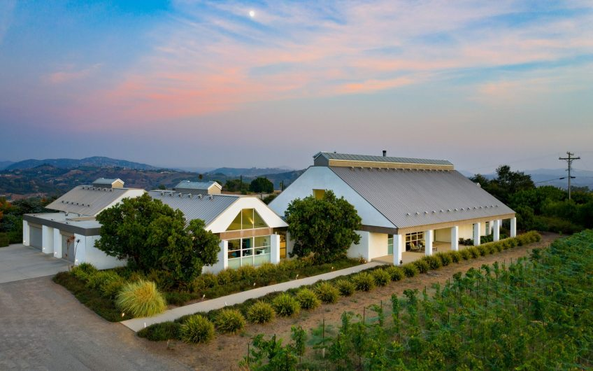 Southern California Winery and Vineyard For Sale w/ Ultra Contemporary Home – Fallbrook Winery