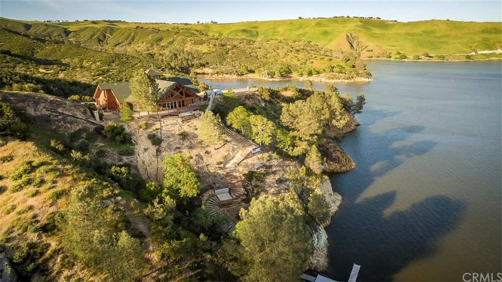 Paso Robles AVA Lake House For Sale w/ Private Dock